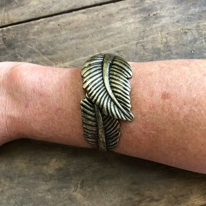 Jewelry - Hinged double leaf bracelet